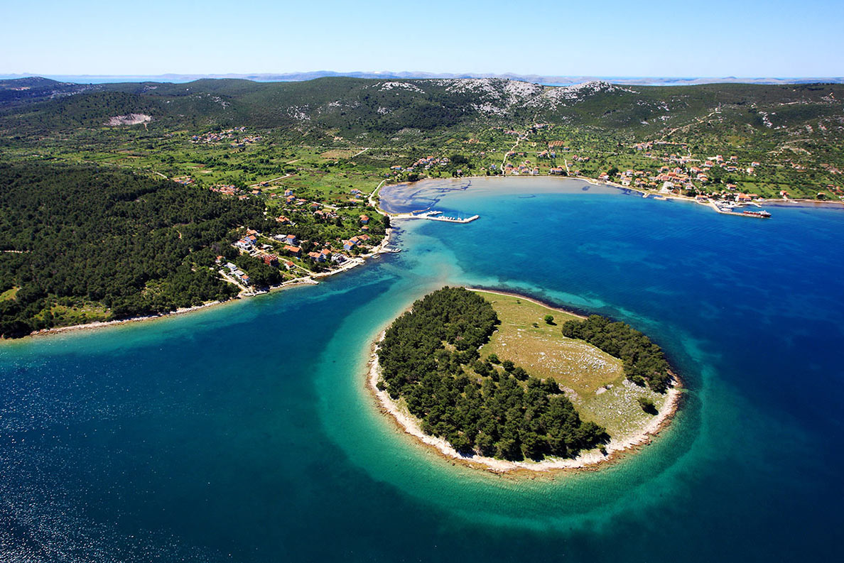 Zdrelac, island of Pasman